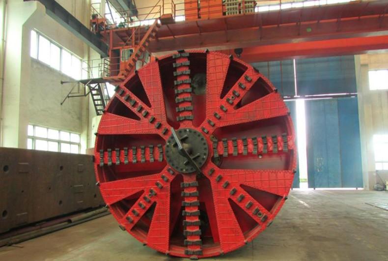 泥水平衡机,泥土平衡、泥水平衡机械顶管施工速度